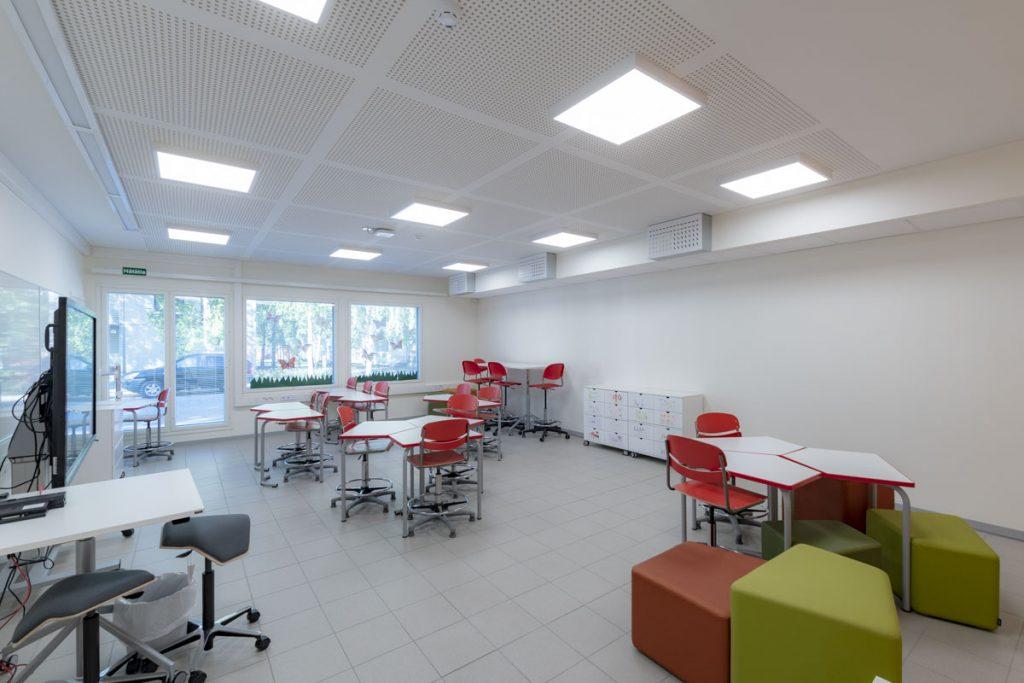 Väistökoulun luokkahuone