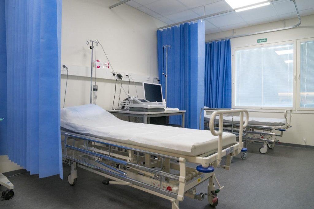 Terveysaseman väistötilat potilashuone terveydenhuollon toimitilarakentaminen tarkkailuhuone.