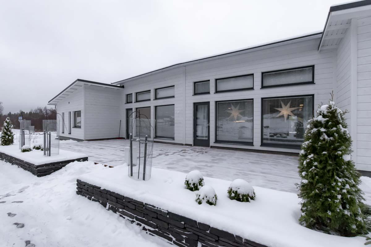 Joutsenmerkki perhekuntoutuskeskus toimitilarakentaminen hoivarakentaminen.