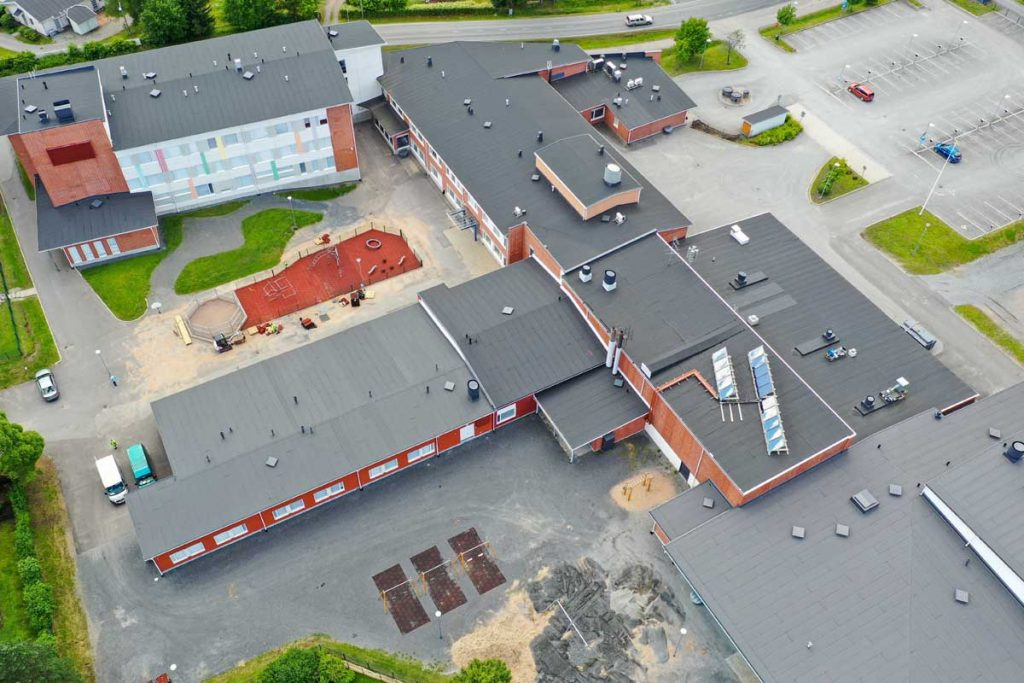Moduulikoulu ilmasta koulurakentaminen julkinenrakentaminen.