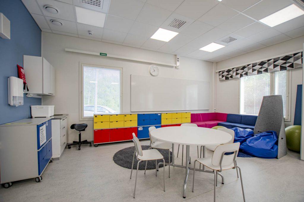 Kangasalan Rantakoulu oppimisympäristö koulukentaminen moduulirakentaminen.