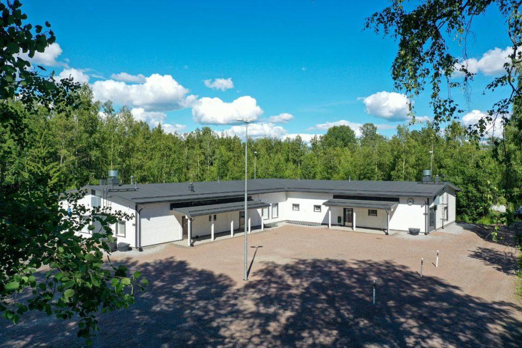Kangasalan Rantakoulu moduulirakennus edestä koulukentaminen moduulirakentaminen.