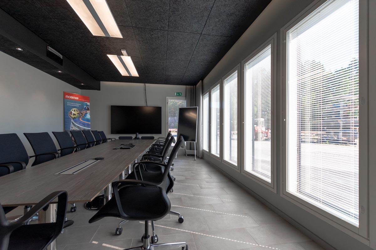 yrityksen-toimitilat-toimistorakennus-